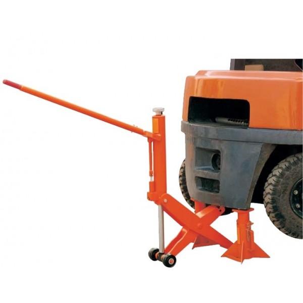Cric rouleur grande capacité Poids (Kg) 35 Référence HFJ400 Hauteur élévation (mm) 65 / 406 Largeur (mm) 203 Dimensions (lxh) mm 740*240*480 Charge admissible (Kg) 4000