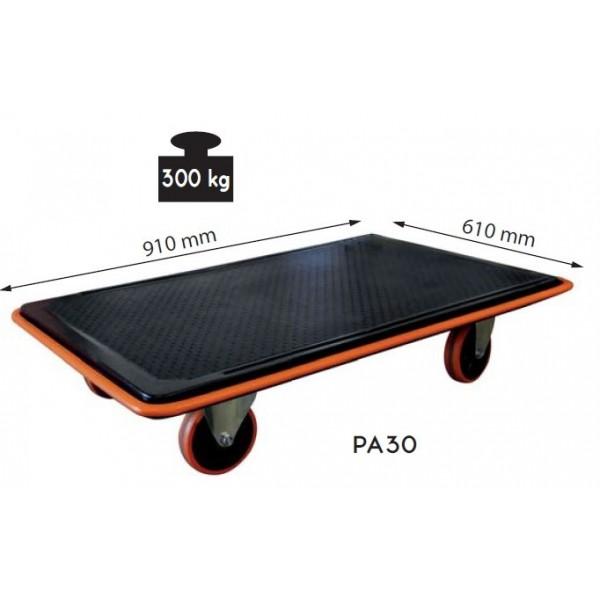 Plateau roulant acier Charge admissible (Kg) 150 Type de roues Caoutchouc Poids (Kg) 7 Référence PA15 Dimensions plateau (mm) 720*460 Hauteur plateforme 135