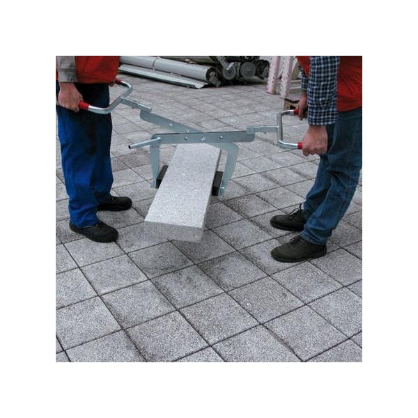Pince bordure - ciseau réglable Charge admissible (Kg) 200 Poids (Kg) 12 B : Longueur des patins (mm) 200 Type surface caoutchouc Référence 1505.1 W : largeur d'ouvert. (mm) 0 - 600 T : Profondeur 220
