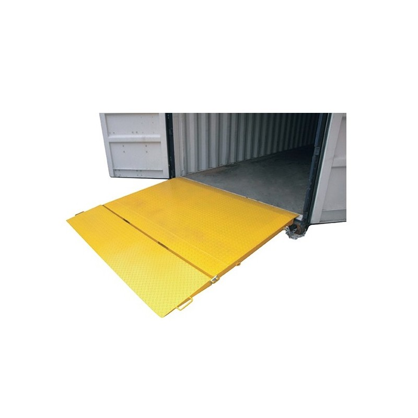 Pont de chargement container Référence RCC Charge admissible (Kg) 6500 Largeur (mm) 2200 Longueur totale (mm) 2000 Dim. intér. fourreaux PxH (mm) 155*55 Poids (Kg) 304